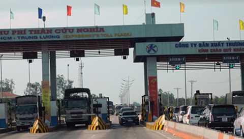 Trạm thu phí đường cao tốc TPHCM - Trung Lương.