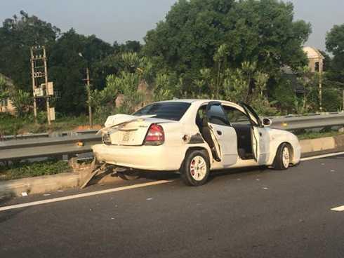 Chiếc xe 4 chỗ trong vụ tai nạn