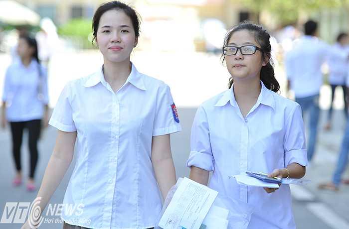 Các trường đại học liên tiếp công bố điểm chuẩn để thí sinh và phụ huynh được biết