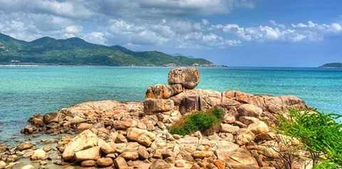 Dốc Lết được công nhận là một trong những địa điểm du lịch Nha Trang hấp dẫn nhất.