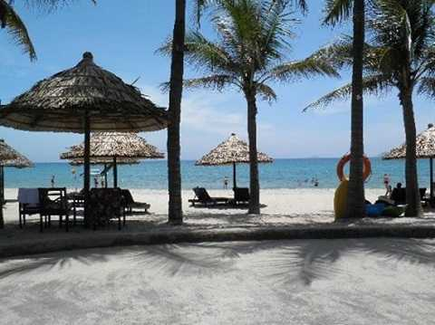 Biển Cửa Đại được wbsite du lịch nổi tiếng Rough Guides đưa vào danh sách 20 bãi biển đẹp nhất để giới thiệu cho du khách.