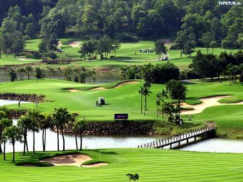 Khu du lịch sinh thái Đồng Mô nổi tiếng với sân golf Đồng Mô