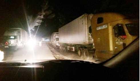Nhiều xe quá tải đã bị phát hiện và cấm lưu thông lên cao tốc Nội Bài - Lào Cai