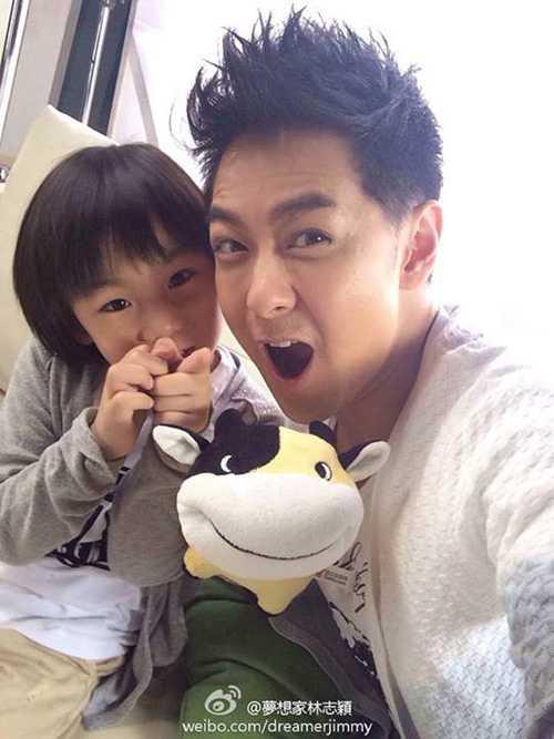 Lâm Chí Dĩnh và con trai nổi tiếng hơn sau khi tham gia show Bố ơi, Mình đi đâu thế mùa 1.