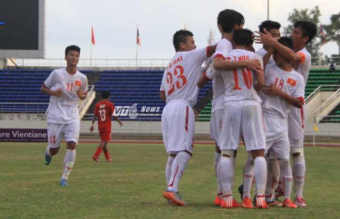 U19 Việt Nam thắng đậm U19 Singapore (Ảnh: Vân Hà)