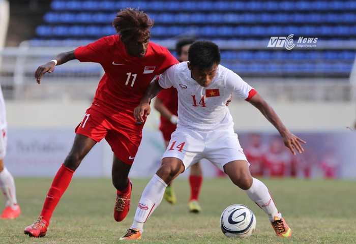 U19 Việt Nam vượt trội so với U19 Singapore (Ảnh: Vân Hà)