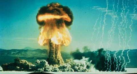 Hình ảnh một lần thử bom hạt nhân của Mỹ ngày 17/1/1962
