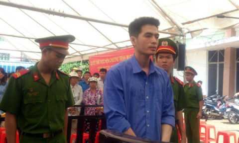 Bị cáo Nguyễn Văn Anh trước vành móng ngựa