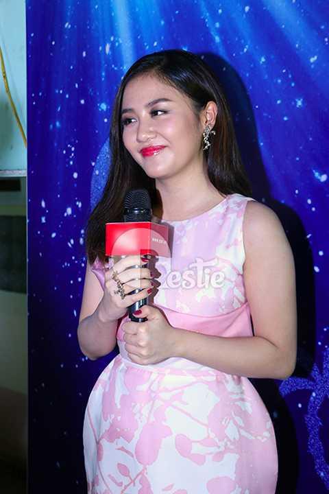 Sau khoảng thời gian bị trầm cảm, Văn Mai Hương đã dần trở lại showbiz nhưng dường như cô vẫn chưa lấy lại được phong độ trước đây.