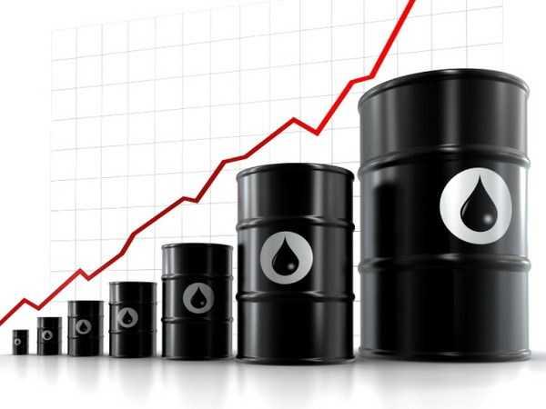 Giá dầu giảm thấp nhất trong 6 năm qua