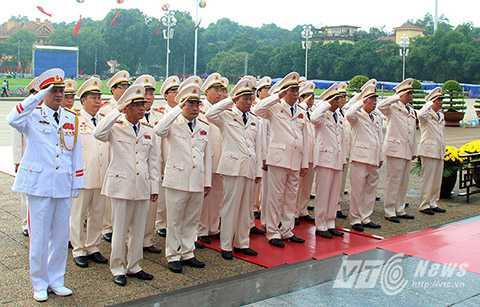 Đòan Bộ Công an do Đại tướng Trần Đại Quang dẫn đầu