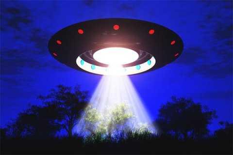 Khi nói đến đĩa bay là người ta nghĩ rằng nó là phương tiện di chuyển của người ngoài hành tinh.