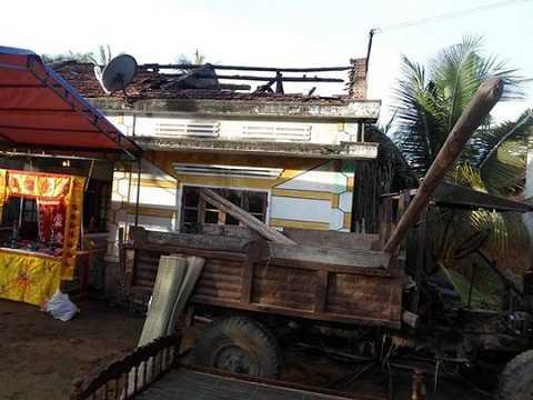 Hiện trường vụ cháy nhà trong đêm (ảnh: Báo Bình Định)