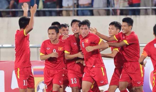 Niềm vui của U19 VN (Ảnh: Zing)