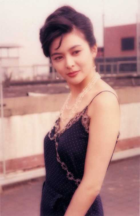 Thời trẻ, Quan Chi Lâm có nhan sắc hiếm ai sánh bằng