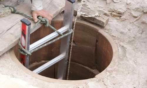 Miệng giếng được cho là nơi người Athens cổ đại gọi thần Apollo báo hiệu tương lai. Ảnh: Bộ Văn hóa Hy Lạp.
