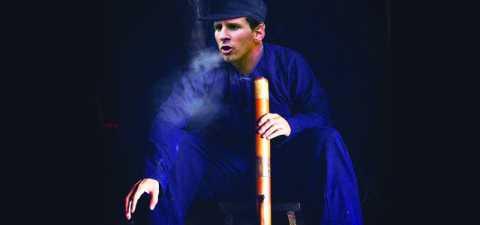 Messi hút thuốc lào Tiên Lãng (Ảnh chỉ mang tính minh họa)