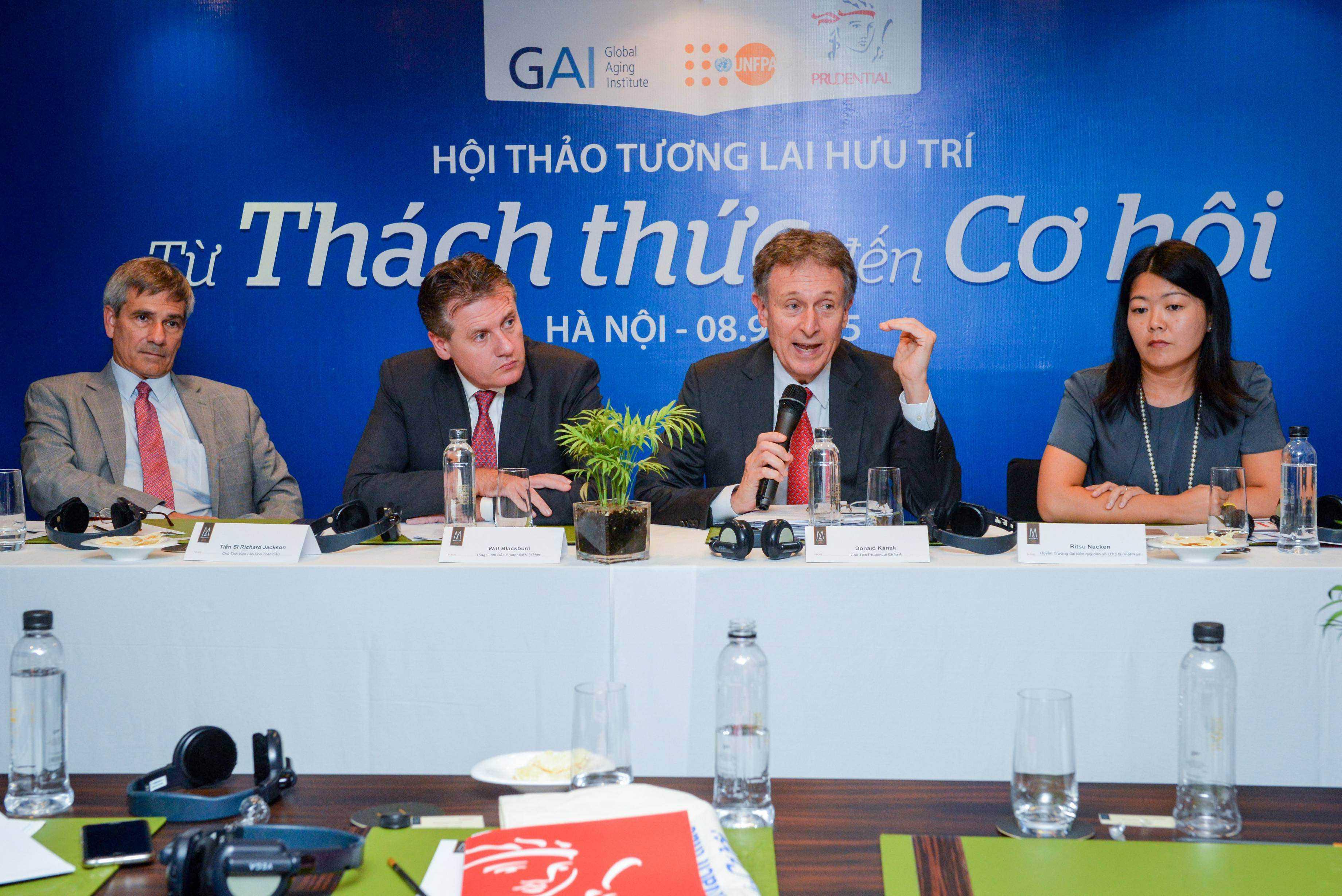 Lương hưu không đủ sống: 95% người Việt Nam lo lắng