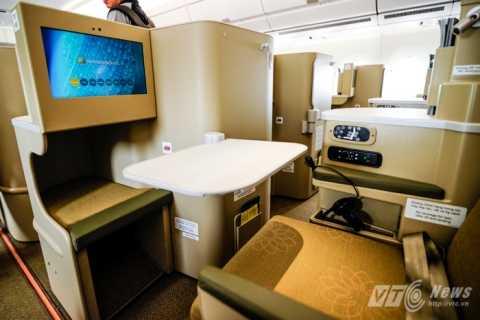 Khách VIP của Vietnam Airlines 'tố' đang bị coi thường (Trong ảnh:Ghế ngồi bên trong khoang hạng C của tàu bay A350-900 XWB)