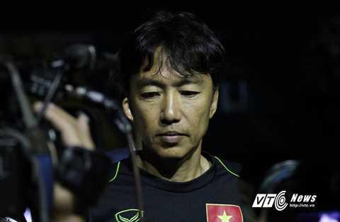 HLV Miura đã cho thấy giới hạn của mình (Ảnh: Quang Minh)