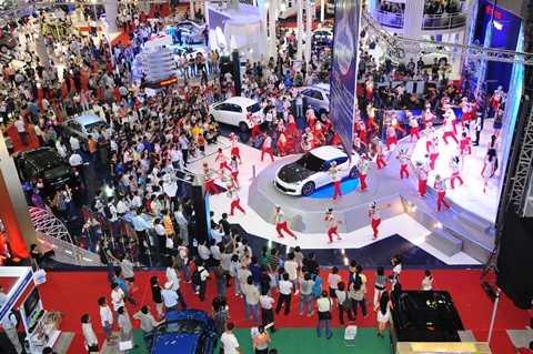 Triển lãm ô tô Việt Nam 2014 diễn ra tại TP HCM