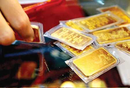 Giá vàng SJC lình xình quanh mốc 34 triệu đồng/lượng