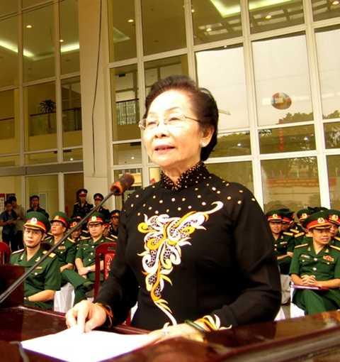 Phó chủ tịch nước Nguyễn Thị Doan tại Lễ khai giảng