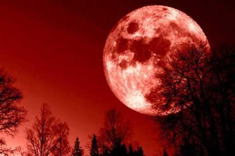 Mặt trăng máu là dấu hiệu của Ngày tận thế?