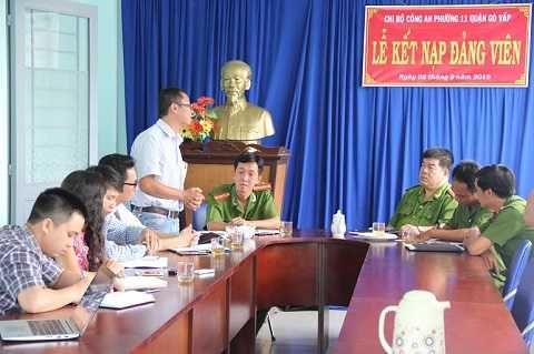 Buổi làm việc trực tiếp giữa báo Hà Nội Mới và công an phường 11, quận Gò Vấp