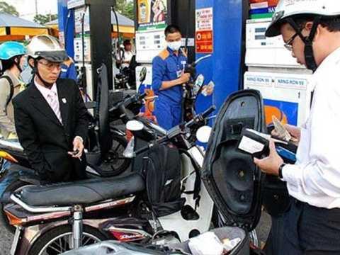 Giá xăng dầu lại tiếp tục được điều chỉnh