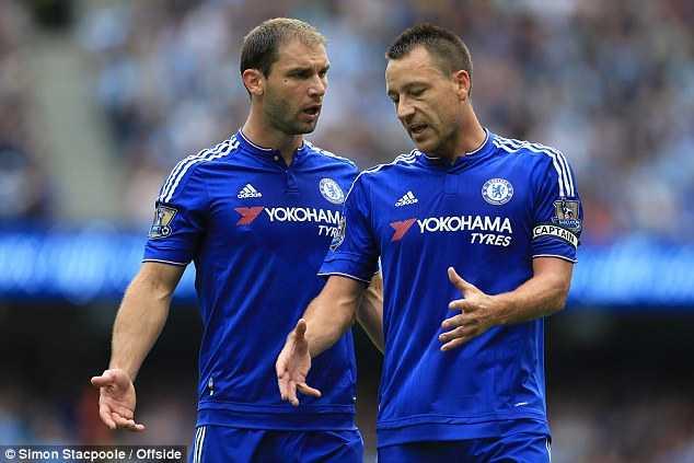 Hàng thủ Chelsea đang gặp vấn đề lớn