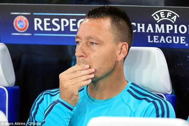 Terry chưa muốn bị tước băng đội trưởng