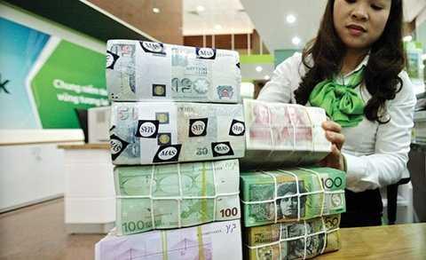 Việt Nam phải tiếp tục 'nghe ngóng' cuộc họp tháng 10 và 12 tới của Fed vì xác suất Fed tăng lãi suất vẫn khá cao