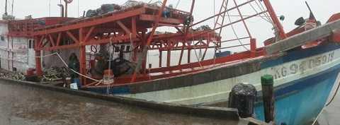 Tàu cá Kiên Giang bị tàu vũ trang Thái Lan tấn công hôm 11/9 khiến ngư dân Ngô Văn Sinh thiệt mạng