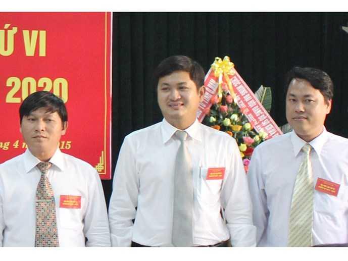 Ông Lê Phước Hoài Bảo (giữa) tại Đại hội Đảng bộ Sở Kế hoạch và đầu tư tháng 4/2015. (nguồn: Sở Kế hoạch và đầu tư tỉnh Quảng Nam)