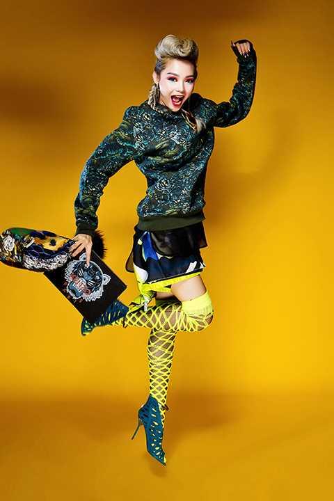 Phong cách thời trang ấn tượng này được sylist Lyskeli thực hiện riêng cho