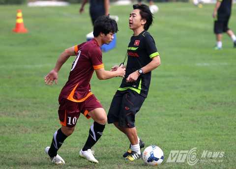 Miura không gọi bất cứ cầu thủ HAGL lên tuyển? (Ảnh: Quang Minh)