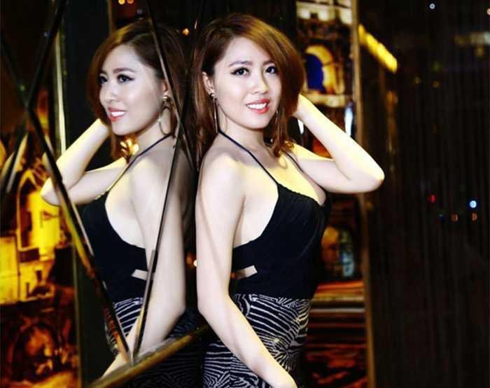 Cô bạn dễ thương này là Nguyễn Ngọc Thanh Thảo là gương mặt được khán giả hải ngoại yêu thích sau cuộc thi Hoa hậu Hoàn cầu 2013.