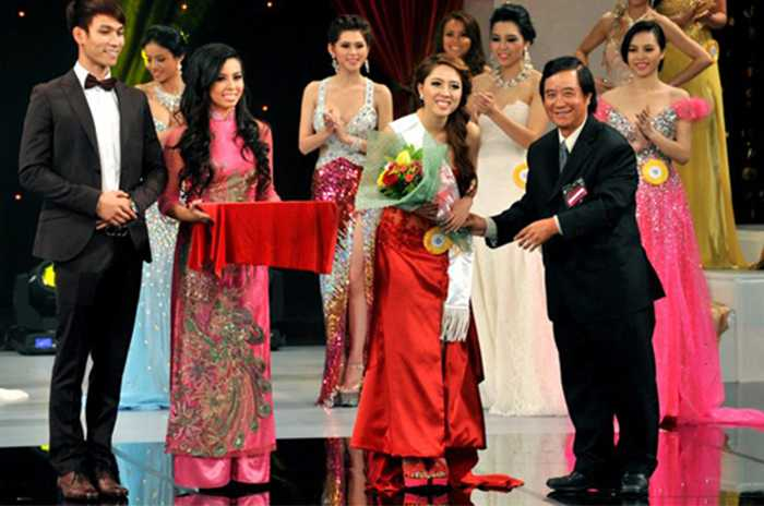 Nhận danh hiệu Hoa hậu được yêu thích nhất trong cuộc thi Hoa hậu Hoàn cầu 2013 nhưng Thảo Vaness không tham gia showbiz ngay mà tập trung cho việc cho việc học.