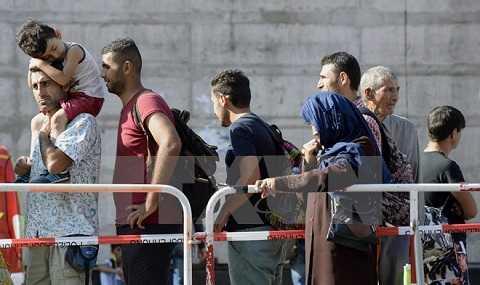 Người di cư tại nhà ga ở Munich, miền nam nước Đức