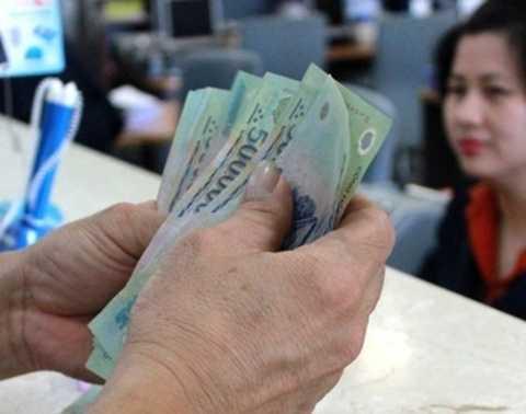 Nếu tính thêm chi phí dự phòng nợ bất khả kháng là 5% thì nợ công trong nước sẽ là 66,4% GDP. Ảnh TL