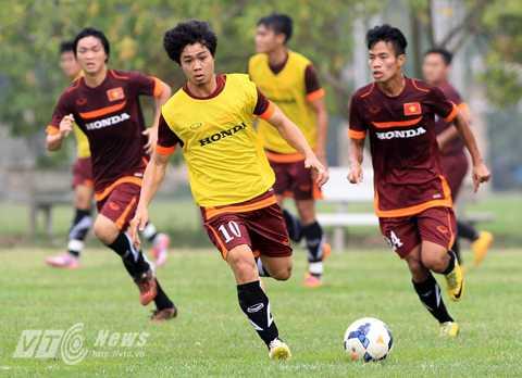 Công Phượng vẫn chưa thể góp mặt cùng đội tuyển Việt Nam. (Ảnh: Quang Minh)