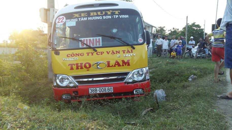 Hiện trường vụ cướp xe buýt, đâm loạn xạ trên QL1A.