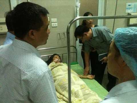 Bệnh nhân cấp cứu sau ngộ độc thực phẩm.