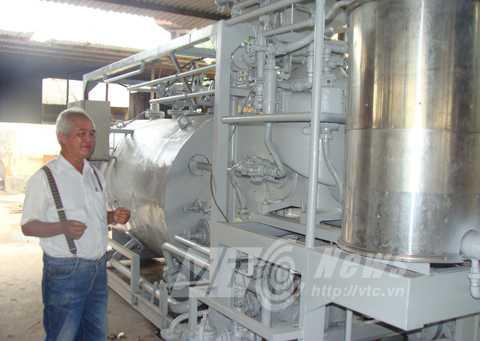 Hệ thống máy đốt rác tự động, biến rác thải thành chất đốt do ông Khánh sáng chế