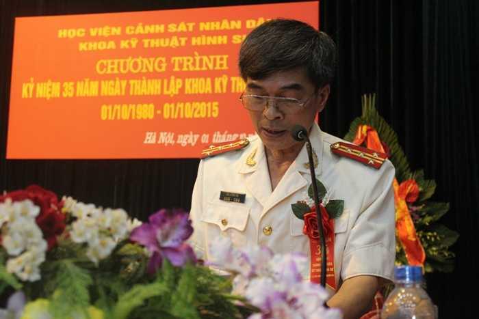 Đại tá Hà Lương Tín (Trưởng khoa Kỹ thuật hình sự) bày tỏ sự quyết tâm đưa khoa ngày càng phát triển