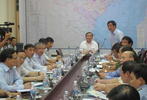 Phó Thủ tướng Hoàng Trung Hải chủ trì cuộc họp