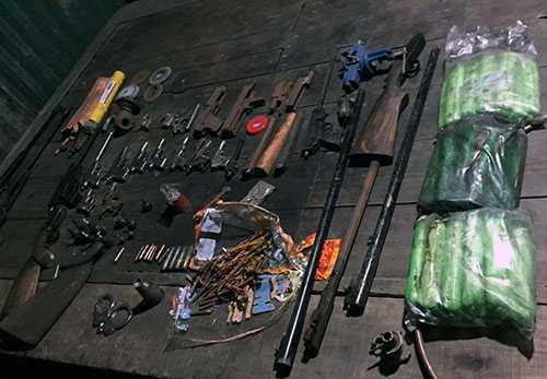 Tang vật thu được tại xưởng sản xuất của Sửu
