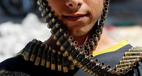 Nhiều phiến quân đã quyết định giao nộp vũ khí và đầu hàng Chính phủ Syria trong thời gian gần đây