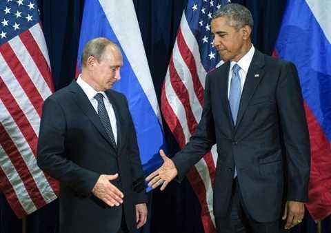 Phải chăng châu Âu thấy rằng Tổng thống Nga Vladimir Putin là đồng minh tin cậy hơn Tổng thống Mỹ Barack Obama